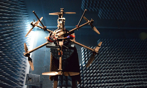 Measuring a drone's Radar Cross Section in Aalto University's anechoic chamber
